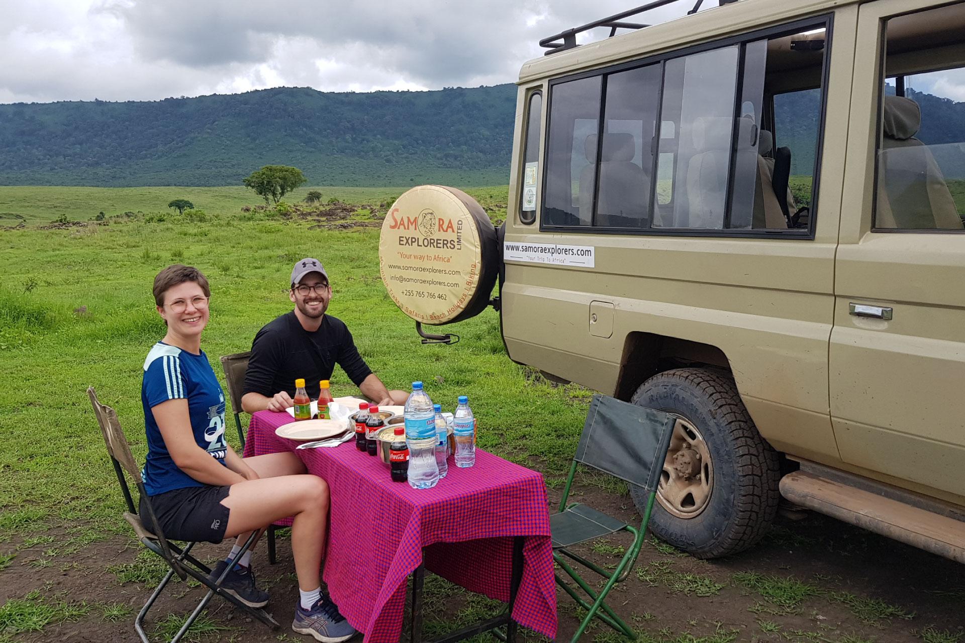 Wildebeest-Crossing-Safaris